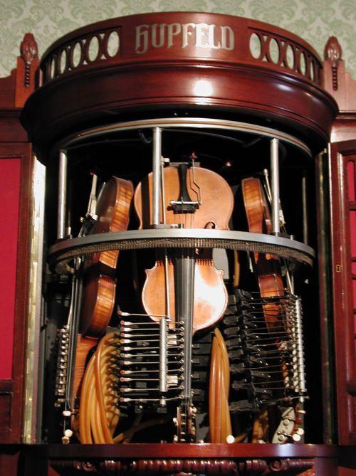 Deutsches Musikautomatenmuseum Hupfeld Geigen