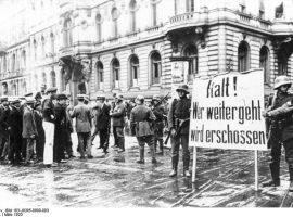 Gründe für den Untergang der Weimarer Republik