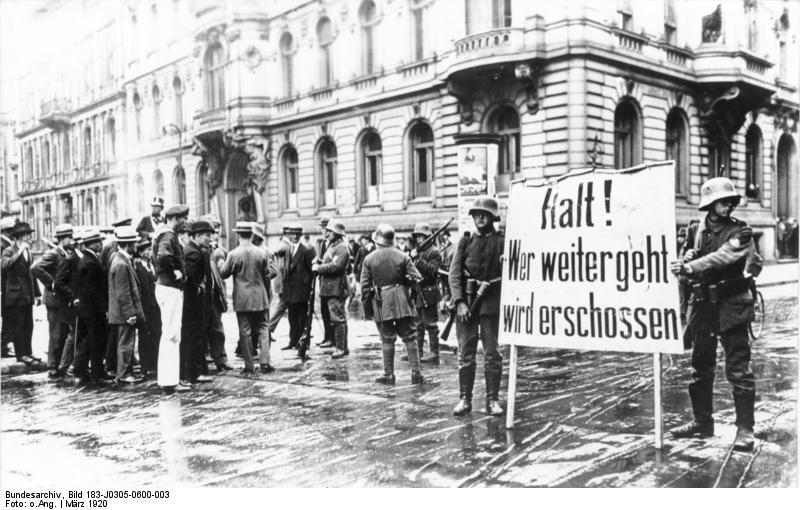 Kapp Putsch der Demokratiefeinde gegen die junge Weimarer Republik