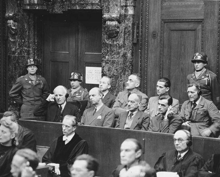 Nürnberger Wilhelmstraßenprozess - links Ernst von Weizsäcker