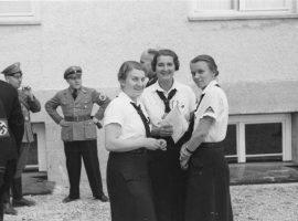 Frauen im NS-Reich: Zwischen Mutterkreuz und Holocaust