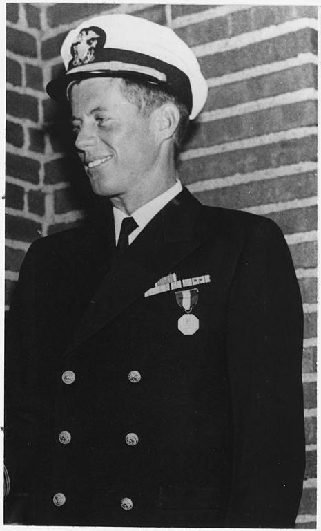 Kennedy-als-junger-Navy-Offizier
