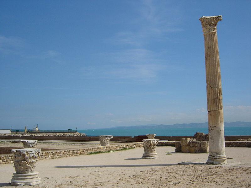 800px-Carthage column