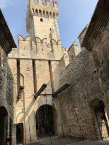Der Eingangsbereich der Burg