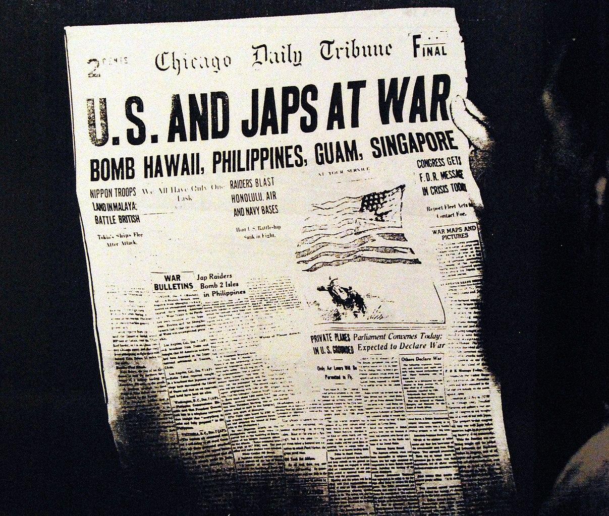 Nach dem Angriff auf Pearl Harbor erklärten die USA Japan den Krieg. Der Krieg wurde zum Weltkrieg.